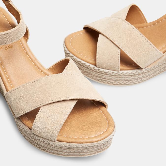 Sandales compensées bata, Beige, 763-8963 - 17